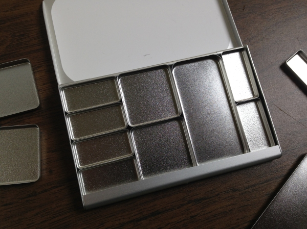 17nov24_expeditionary-art-palette_product-shot_10